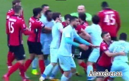 Azərbaycanda futbol matçından sonra kütləvi dava VİDEO